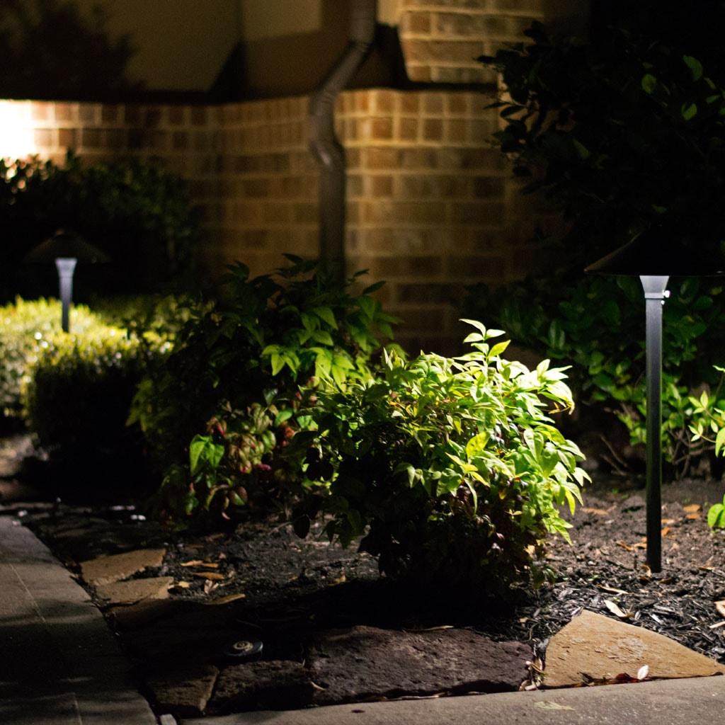 garden and pathway led landscape lighting