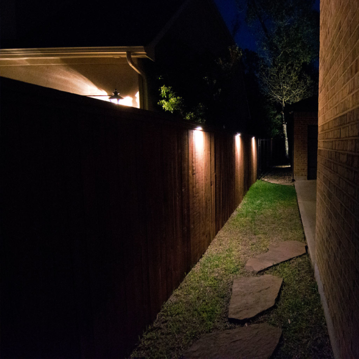 fencing accent led lighting